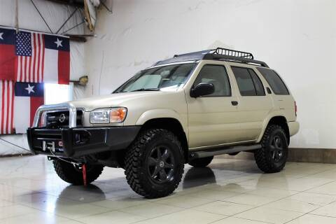 2002 Nissan Pathfinder for sale at ROADSTERS AUTO in Houston TX