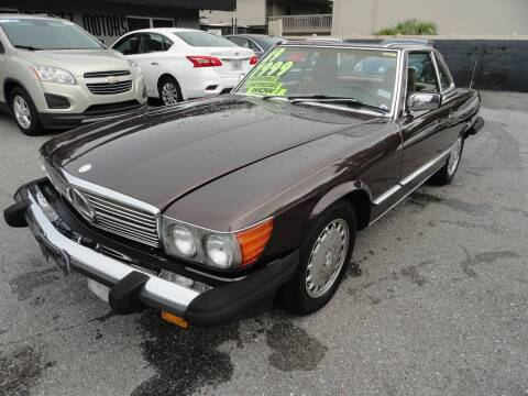 1989 Mercedes-Benz 560-Class for sale at DeWitt Motor Sales in Sarasota FL