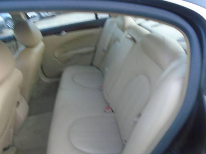 2011 Buick Lucerne CXL 4dr Sedan - Houston TX