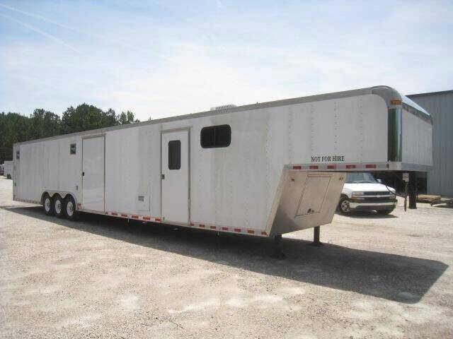 2006 Pace American Shadow 48' for sale at Vehicle Network - HGR'S Truck and Trailer in Hope Mill NC