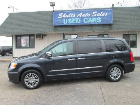 2013 Chrysler Town and Country for sale at SHULTS AUTO SALES INC. in Crystal Lake IL