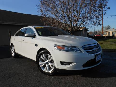 2011 Ford Taurus for sale at McKenna Motors in Union Gap WA