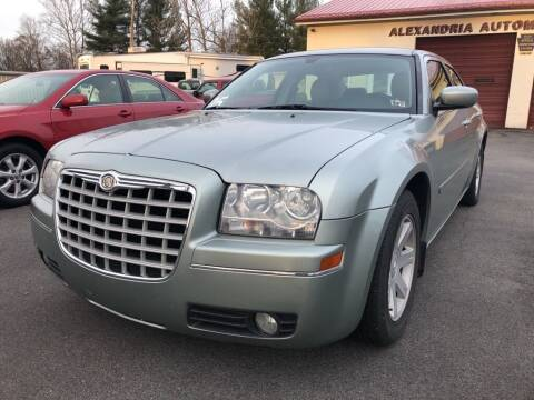 2005 Chrysler 300 for sale at Alexandria Auto Mart LLC in Alexandria PA