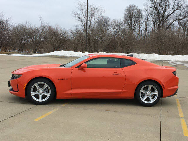 2021 Chevrolet Camaro for sale at LANDMARK OF TAYLORVILLE in Taylorville IL