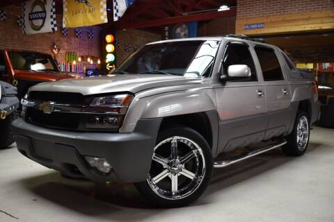 2002 Chevrolet Avalanche for sale at Chicago Cars US in Summit IL