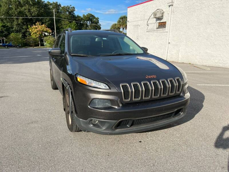2016 Jeep Cherokee for sale at LUXURY AUTO MALL in Tampa FL