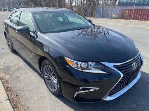2018 Lexus ES 350 for sale at CarNYC.com in Staten Island NY