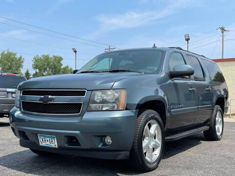 2008 Chevrolet Suburban for sale at North Imports LLC in Burnsville MN
