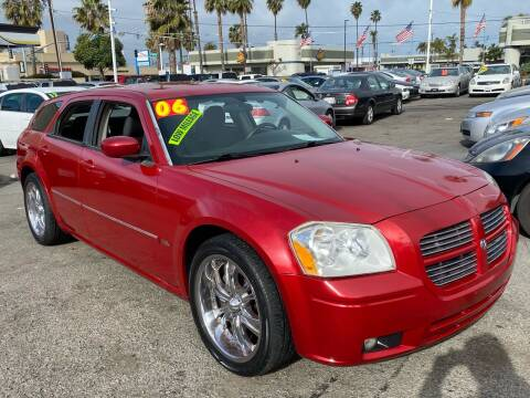 2006 Dodge Magnum for sale at North County Auto in Oceanside CA