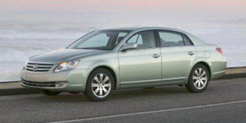 2005 Toyota Avalon for sale at Stephen Wade Pre-Owned Supercenter in Saint George UT
