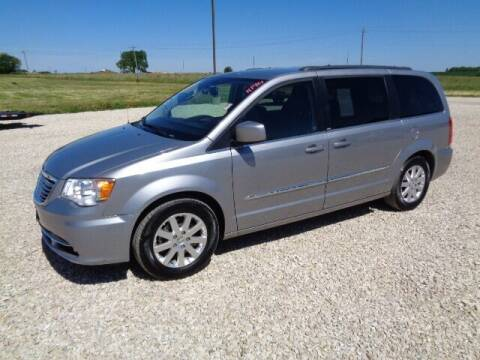 2013 Chrysler Town and Country for sale at De Anda Auto Sales in Storm Lake IA