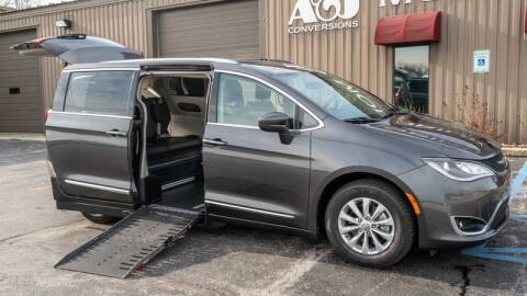2018 Chrysler Pacifica for sale at A&J Mobility in Valders WI
