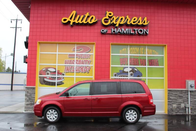 2009 Chrysler Town and Country for sale at AUTO EXPRESS OF HAMILTON LLC in Hamilton OH