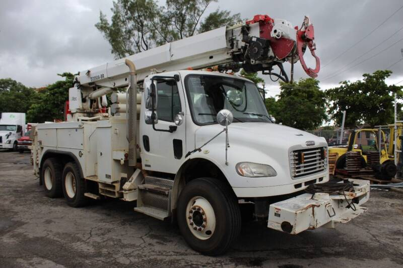 2009 Freightliner Business class M2 for sale at Truck and Van Outlet in Miami FL