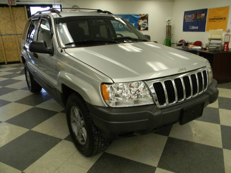 2002 Jeep Grand Cherokee for sale at Lindenwood Auto Center in St.Louis MO