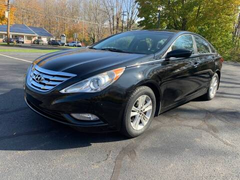 2013 Hyundai Sonata for sale at Volpe Preowned in North Branford CT