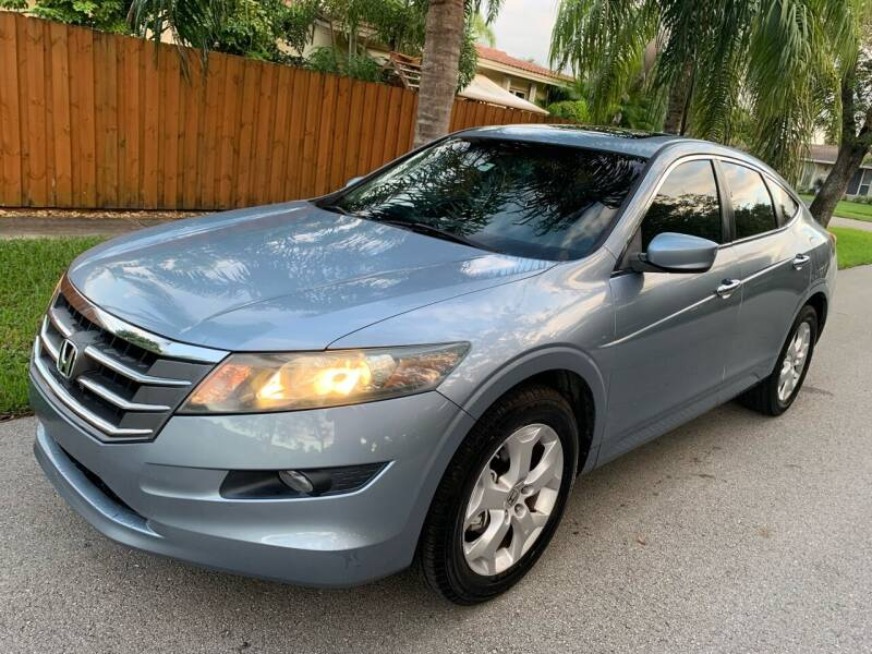 2010 Honda Accord Crosstour for sale at FINANCIAL CLAIMS & SERVICING INC in Hollywood FL