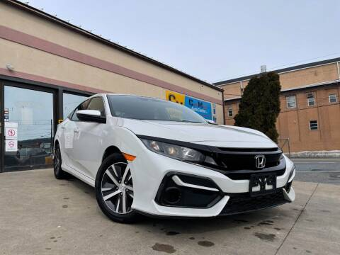 2020 Honda Civic for sale at Car Mart Auto Center II, LLC in Allentown PA