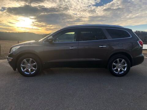 2010 Buick Enclave for sale at Monroe Auto's, LLC in Parsons TN