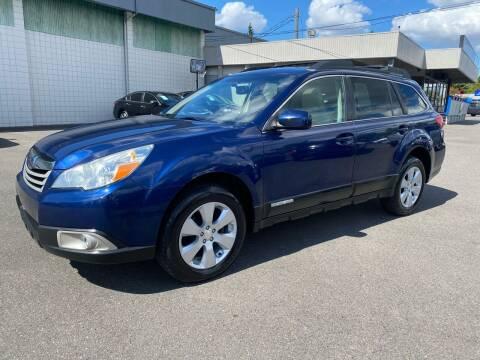 2011 Subaru Outback for sale at Vista Auto Sales in Lakewood WA