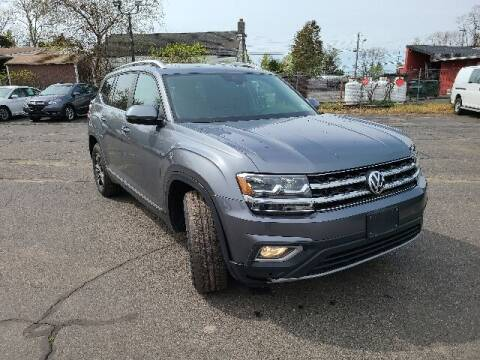 2018 Volkswagen Atlas for sale at BETTER BUYS AUTO INC in East Windsor CT