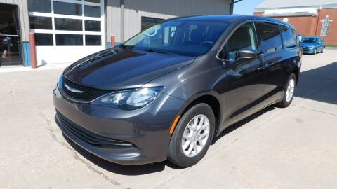 2018 Chrysler Pacifica for sale at Mid Kansas Auto Sales in Pratt KS