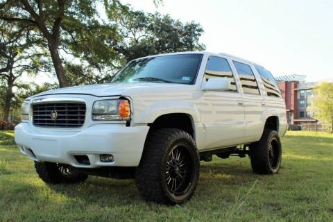2000 Cadillac Escalade for sale at ROADSTERS AUTO in Houston TX