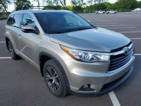 2016 Toyota Highlander for sale at CON ALVARO ¡TODOS CALIFICAN!™ in Columbia TN