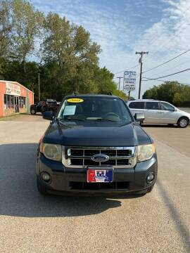 2008 Ford Escape for sale at MENDEZ AUTO SALES in Tyler TX