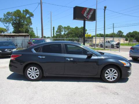 2015 Nissan Altima for sale at Checkered Flag Auto Sales EAST in Lakeland FL