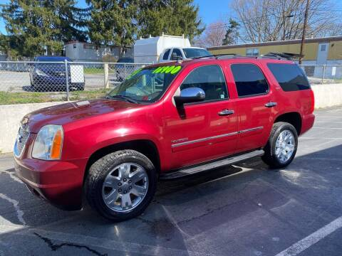2011 GMC Yukon for sale at Ginters Auto Sales in Camp Hill PA