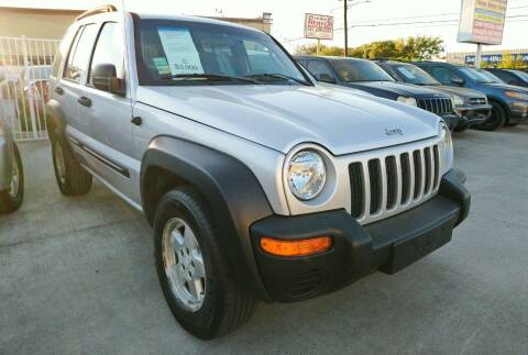 2004 Jeep Liberty for sale at TEXAS MOTOR CARS in Houston TX