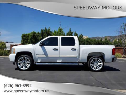 2007 Chevrolet Silverado 1500 for sale at Speedway Motors in Glendora CA
