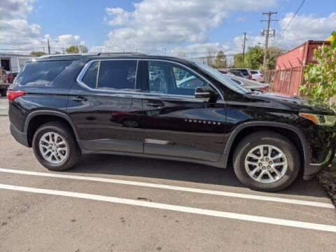 2019 Chevrolet Traverse for sale at Jimmys Car Deals at Feldman Chevrolet of Livonia in Livonia MI