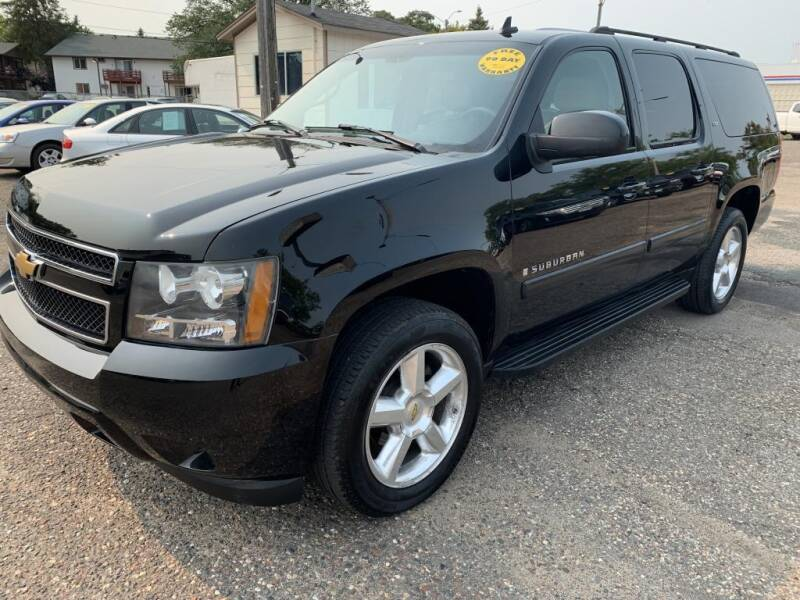 2007 Chevrolet Suburban for sale at CHRISTIAN AUTO SALES in Anoka MN
