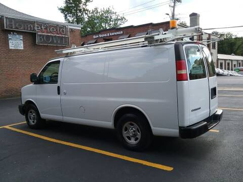 2008 Chevrolet Express Cargo for sale at Drive Deleon in Yonkers NY