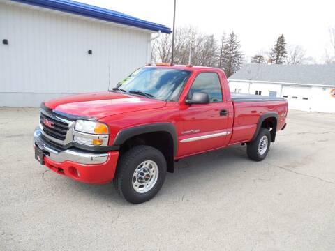 2006 GMC Sierra 2500HD for sale at Streich Motors Inc in Fox Lake WI