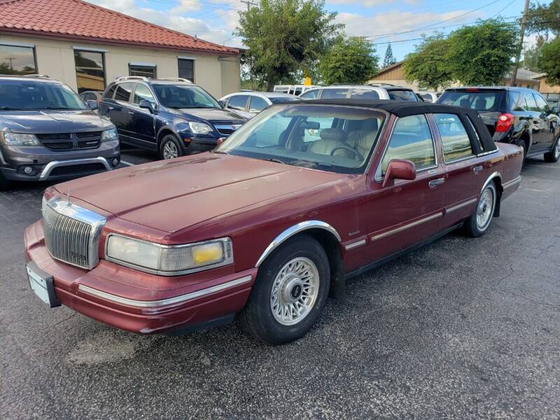 1997 Lincoln Town Car for sale at KK Car Co Inc in Lake Worth FL