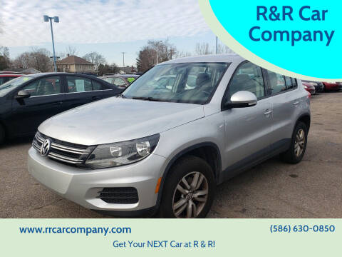 2014 Volkswagen Tiguan for sale at R&R Car Company in Mount Clemens MI