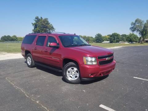 2007 Chevrolet Suburban for sale at GLADSTONE AUTO SALES    GUARANTEED CREDIT APPROVAL in Gladstone MO