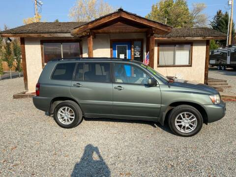 2005 Toyota Highlander for sale at Sawtooth Auto Sales in Hailey ID