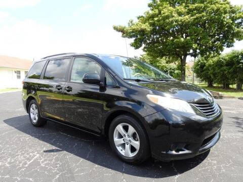 2014 Toyota Sienna for sale at SUPER DEAL MOTORS 441 in Hollywood FL