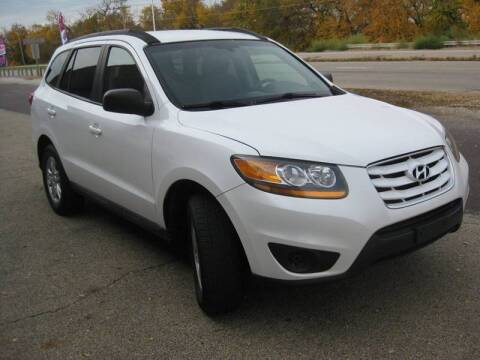 2011 Hyundai Santa Fe for sale at Pre-Owned Imports in Pekin IL
