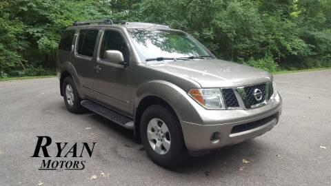 2006 Nissan Pathfinder for sale at Ryan Motors LLC in Warsaw IN