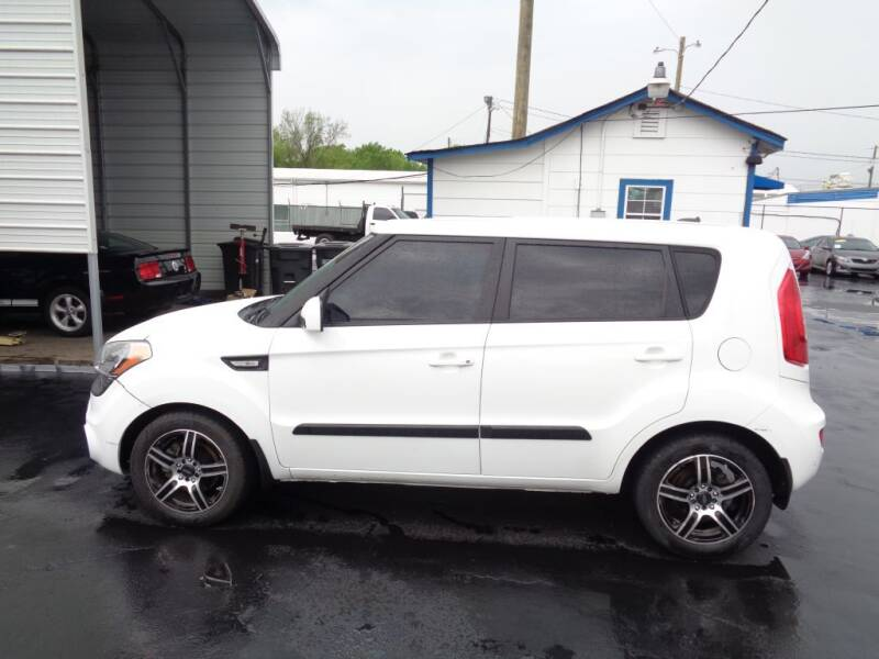 2013 Kia Soul for sale at Cars Unlimited Inc in Lebanon TN
