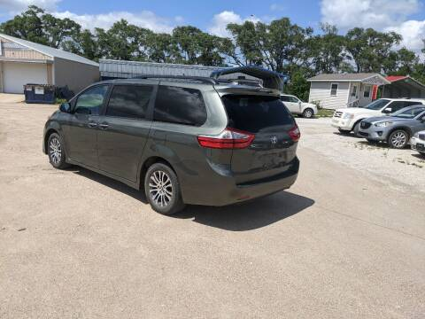 2018 Toyota Sienna for sale at Halstead Motors LLC in Halstead KS