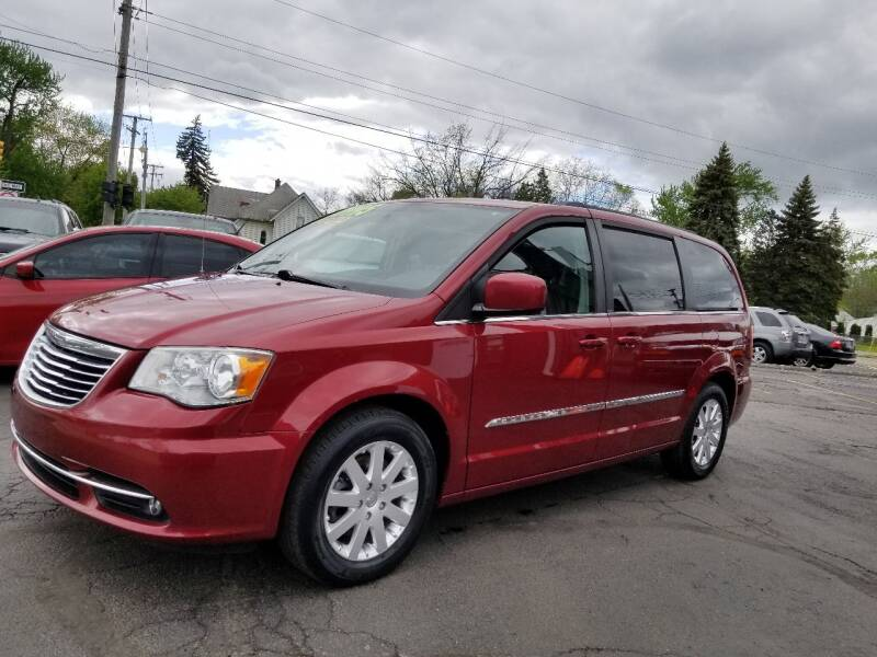 2013 Chrysler Town and Country for sale at DALE'S AUTO INC in Mount Clemens MI