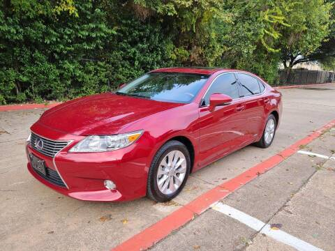 2013 Lexus ES 300h for sale at DFW Autohaus in Dallas TX