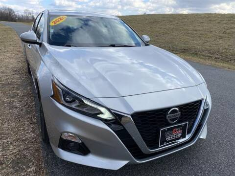 2020 Nissan Altima for sale at Mr. Car City in Brentwood MD