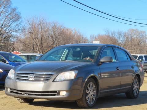 2007 Toyota Avalon for sale at Big Man Motors in Farmington MN